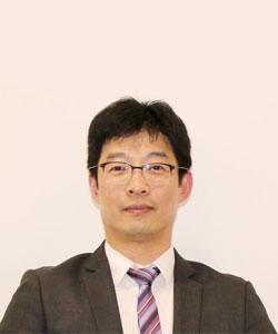 MR HUI LAU